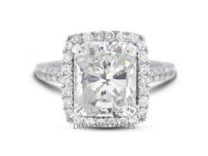4.71 Carat F-VS2 Ideal Cushion Natural Diamond 18K White Gold Vintage Engagement Ring with Halo
