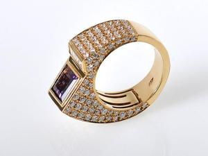 Yellow Gold Diamond & Amethyst Sculpted Ring