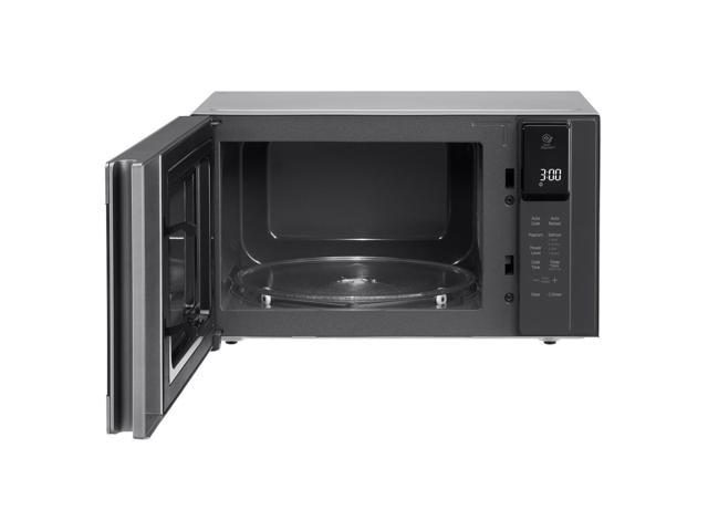 LG 0.9 cu. ft. NeoChef™ Countertop Microwave with Smart Inverter and EasyClean® LMC0975ST photo