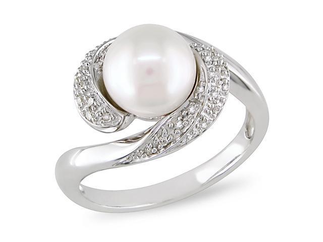 1/10 CT Diamond TW 8 - 8.5 MM White Freshwater Pearl Fashion Ring Silver GHI I3