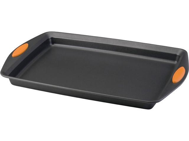 Rachael Ray 54071 Bakeware, Oven Lovin Crispy Sheet 11-Inch by 17-Inch Cookie Pan, Grey
