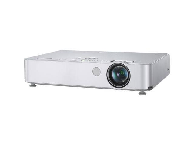 Panasonic PT-LB50U 1024 x 768 2000 lumens LCD Projector 400:1
