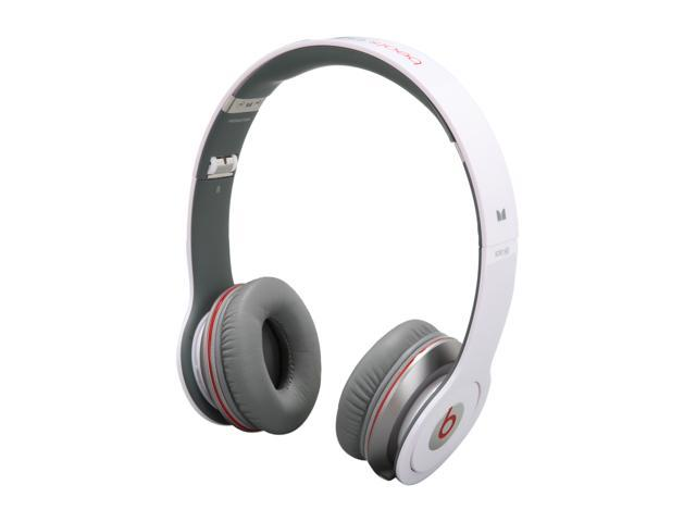 Beats by Dr. Dre White Beats Solo HD 3.5mm Connector On Ear Headphone with ControlTalk (White)