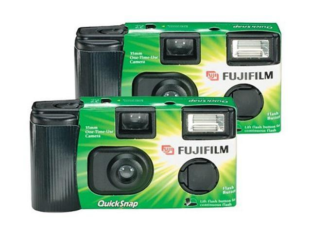 FUJIFILM 7032835 Quicksnap Flash 400 Single-Use Camera With Flash (2 Pack)