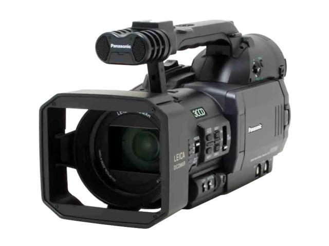 "Panasonic AG-DVX100B 3CCD 3.5""LCD 10X Optical Zoom Professional Camcorder"