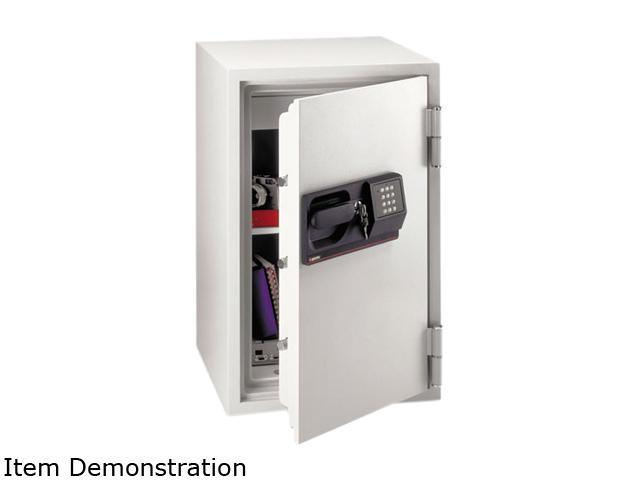 Sentry Safe S6770 Commercial Safe, 3 ft3, 20-1/2w x 22d x 34-1/2h, Light Gray