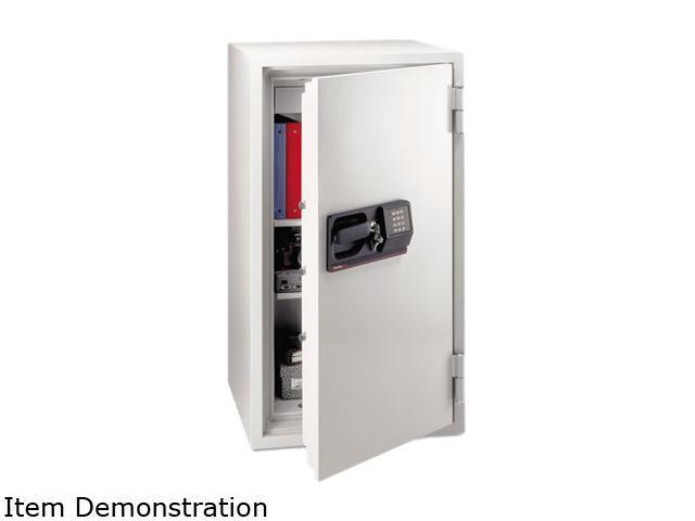 Sentry Safe S8771 Commercial Safe, 5.8 ft3, 25-1/2w x 23-7/8d x 47-5/8h, Light Gray