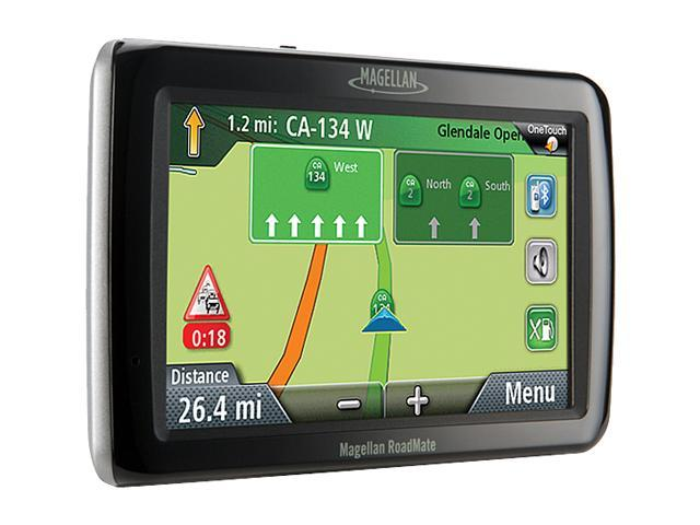 "MAGELLAN RoadMate 3055 4.7"" GPS With Bluetooth And Lifetime Traffic"