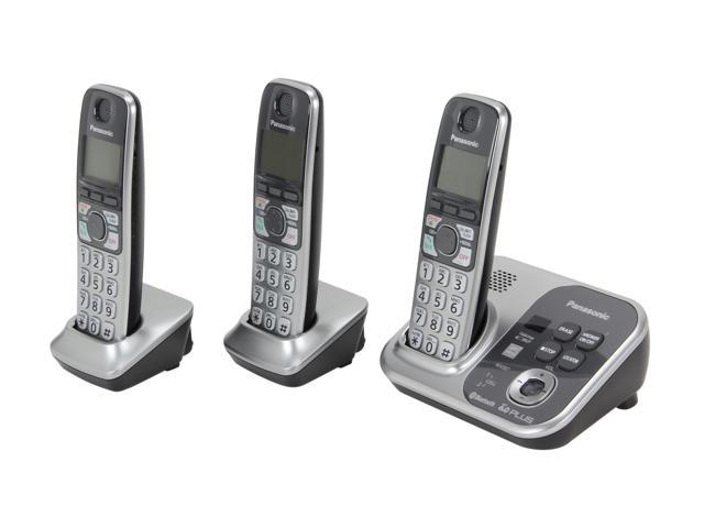 Panasonic KX-TG7733S 1.9 GHz Digital DECT 6.0 Link to Cell via Bluetooth Cordless Phone with Integrated Answering Machine and 3 Handset