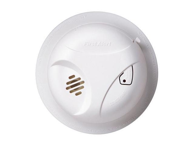First Alert SA303CN3 Battery Powered Smoke Alarm