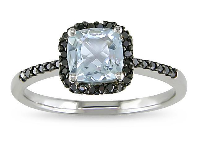 10k Gold Aquamarine and 1/7ct TDW Diamond Ring