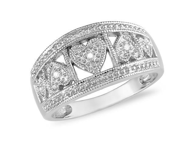 10k White Gold Diamond Hearts Ring