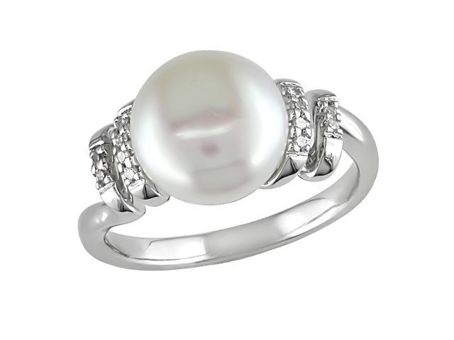 Sterling Silver .04 ctw Diamond and 9-10mm Cultured Freshwater Pearl Ring