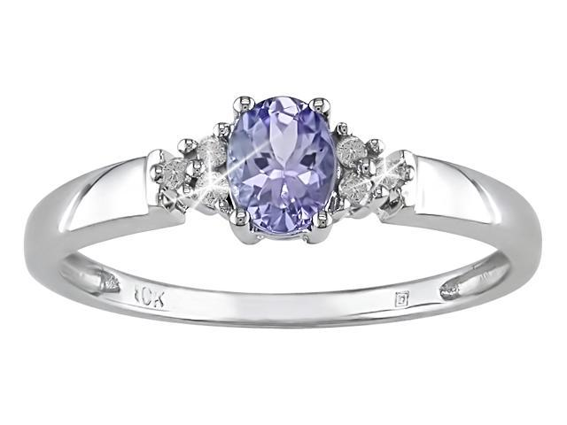 10K White Gold .05 ctw Diamond and Tanzanite Ring