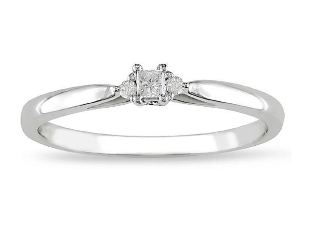 10k Gold .07ct TDW Diamond Engagement Ring