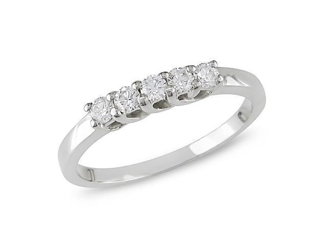 1/6 ct.t.w. Diamond Ring in 10k White Gold, I1-I2, G-H-I