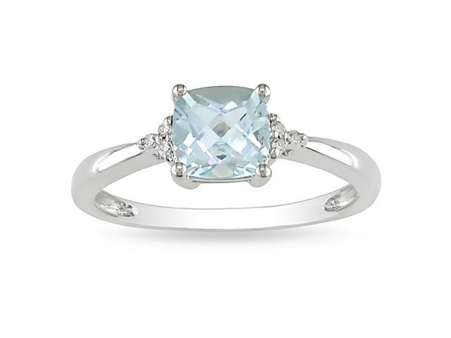 10k White Gold Aquamarine and Diamond Ring