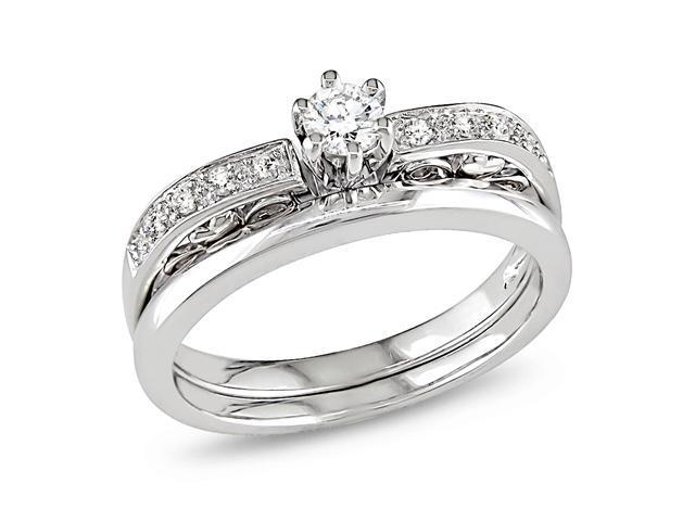 10K White Gold 1/4 CT TDW Diamond  Bridal Set Ring