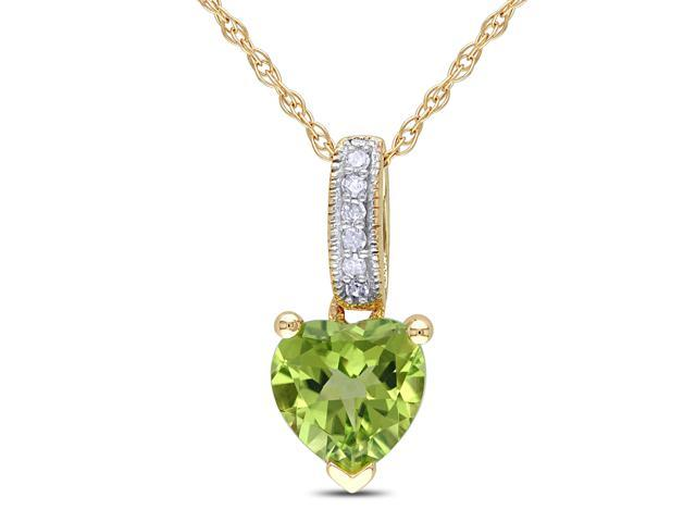 Amour 10k Yellow Gold 4/5ct TGW Peridot and 0.02ct TDW Diamond Heart Pendant with Chain (G-H, I2-I3) (17in)