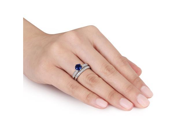 Amour 10k White Gold 1ct TGW Created Blue Sapphire and 1/3ct TDW Diamond Bridal Ring Set(G-H, I2-I3)