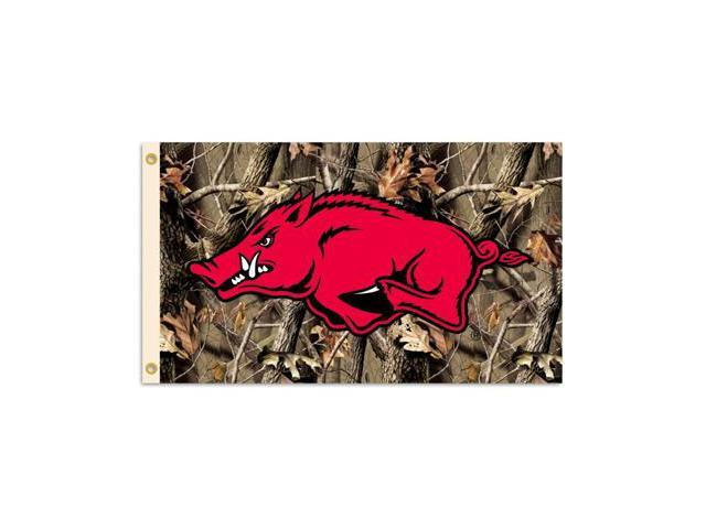 BSI PRODUCTS 95642 3 Ft. X 5 Ft. Flag with Grommets - Realtree Camo Background- Arkansas Razorbacks