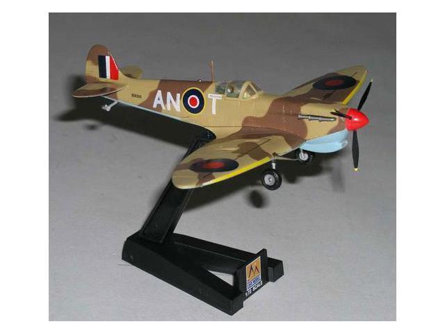 Daron Worldwide Trading  EM37216 Easy Model Spitfire Mkv W/TROP Raf 417 Sqn 1942 1/72