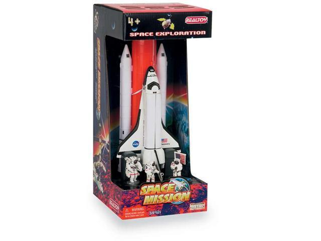 Daron Worldwide Trading  RT38921 Space Shuttle Full Stack W/ASTRONAUTS