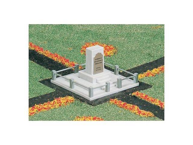 Bachmann BAC42218 Ho Center Square Monument