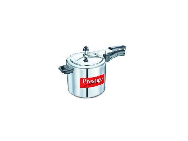 Prestige PRNPC6.5 Medium Nakshatra Plus Flat Base Aluminum Pressure Cooker for Gas and Induction Stove Silver - 6.5 Litres