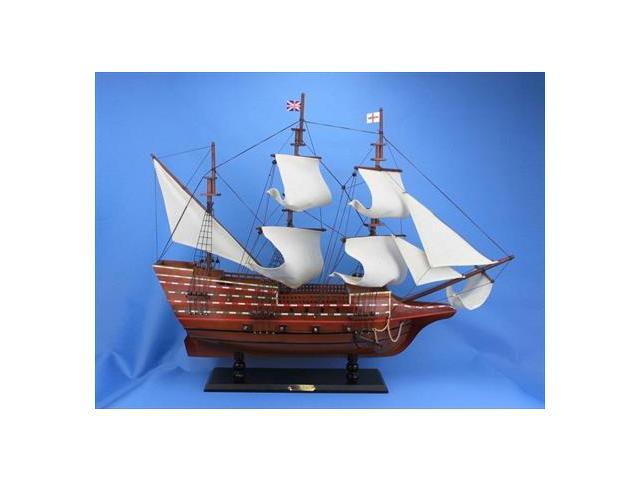 Handcrafted Model Ships May30R Mayflower 30 in. Famous Model Ship Decorative Accent