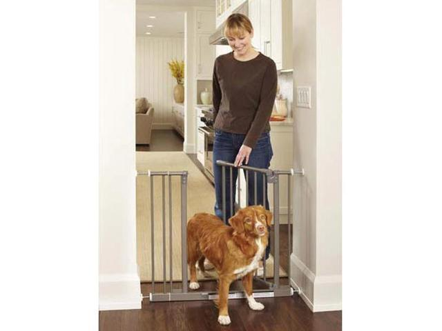 North States Easy-Close Pressue Mounted Steel Locking Pet Dog Portable Safety Gate