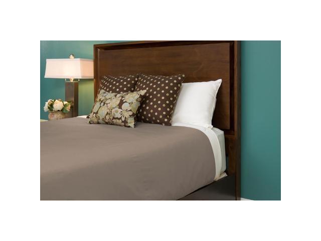 Bedvoyage Home Bedroom Decorative Duvet Cover, King - Champagne / Ivory [Reversible]