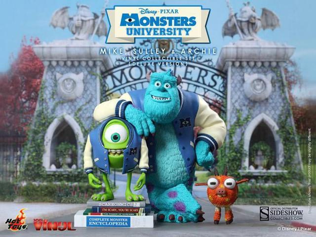 Monsters University Deluxe Mike, Sulley & Archie Vinyl Set By Hot Toys