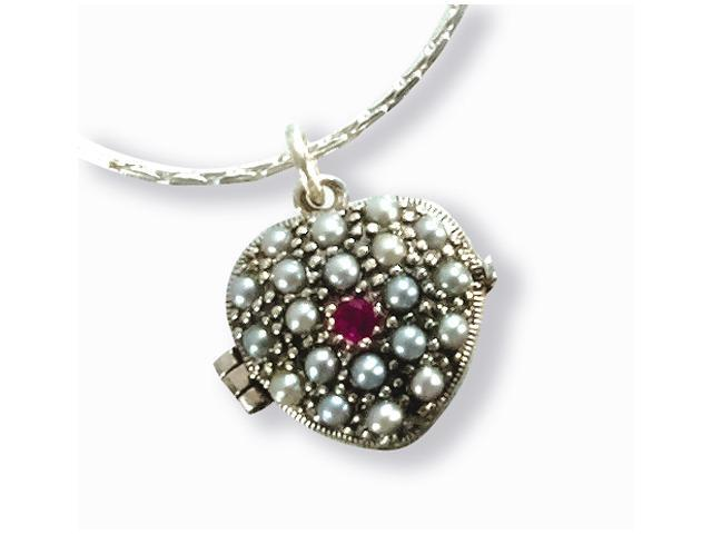 Heart Shaped Locket Silver Natural Seed Pearl Pendant Silver Chain Necklace 18