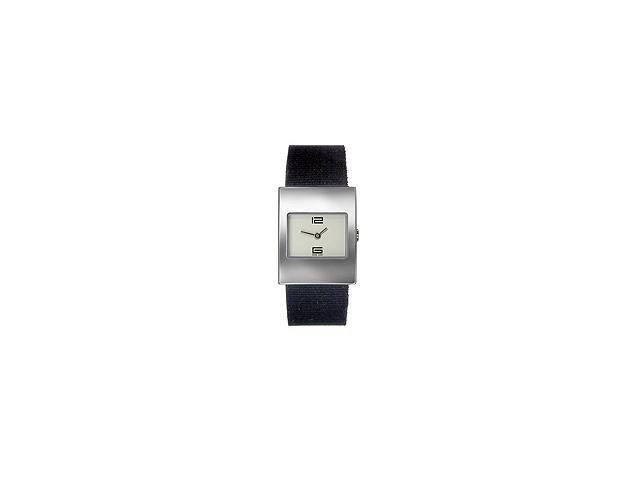 Gucci Women's Synthetic watch #YA049502