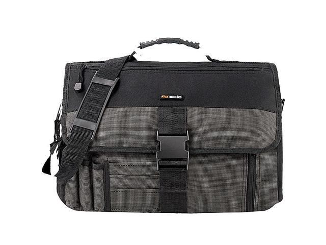 SOLO Expandable  Messenger Bag