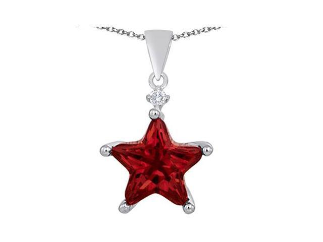 Star K Large 14mm Fancy Star Pendant with Simulated Garnet in Sterling Silver