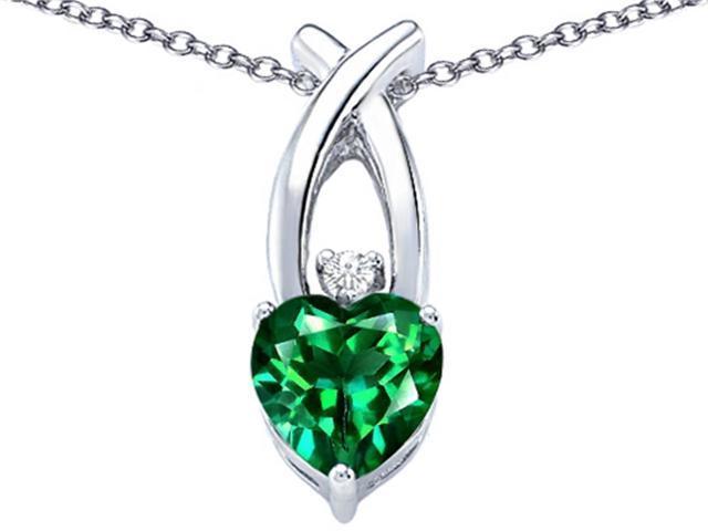Star K 8mm Heart Shape Simulated Emerald Cross Heart Pendant in Sterling Silver