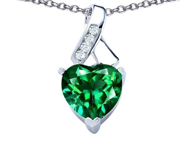 Star K 8mm Heart Shape Simulated Emerald Ribbon Pendant in Sterling Silver