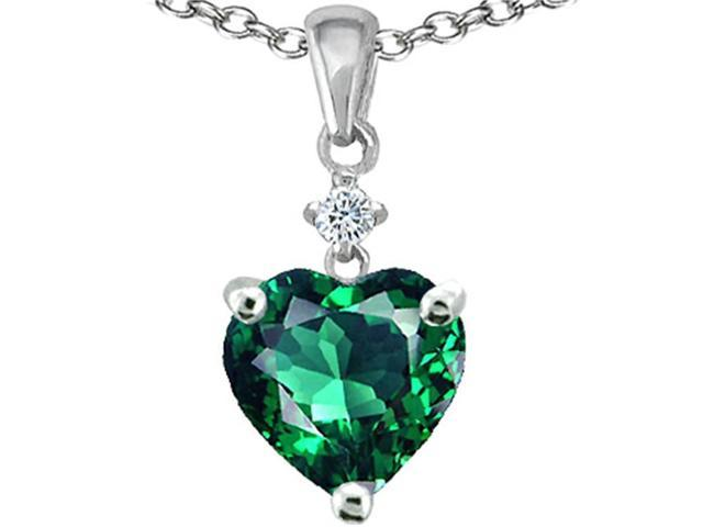Star K 8mm Heart Shape Simulated Emerald Pendant in Sterling Silver