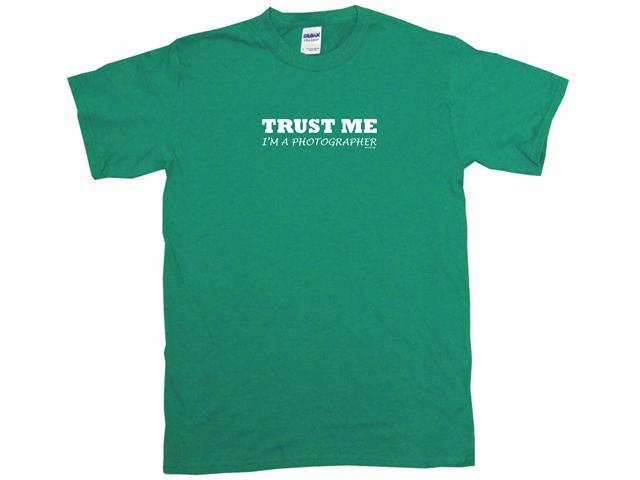 Trust Me I'm a Photographer Men's Short Sleeve Shirt