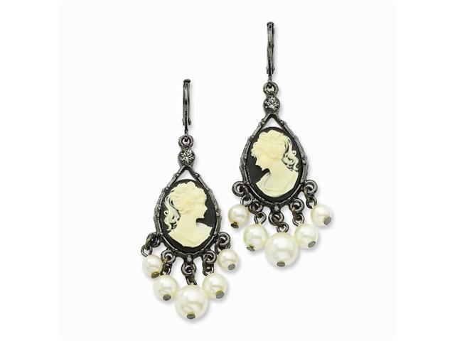 1928 Black-plated Cameo/Cultura Glass Pearl Leverback Earrings