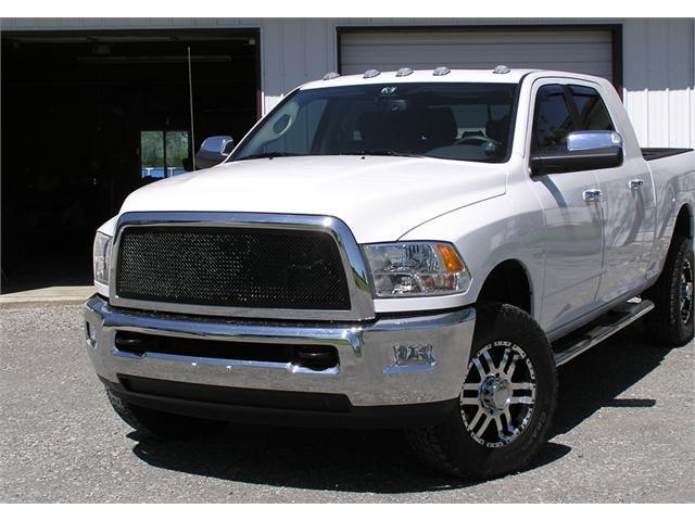 T-REX 2010-2012 Dodge Ram PU 2500 / 3500 Upper Class Mesh Grille - 1 Pc Full Open (Requires cutting factory cross bars in OE grille) - All Black BLACK 51451