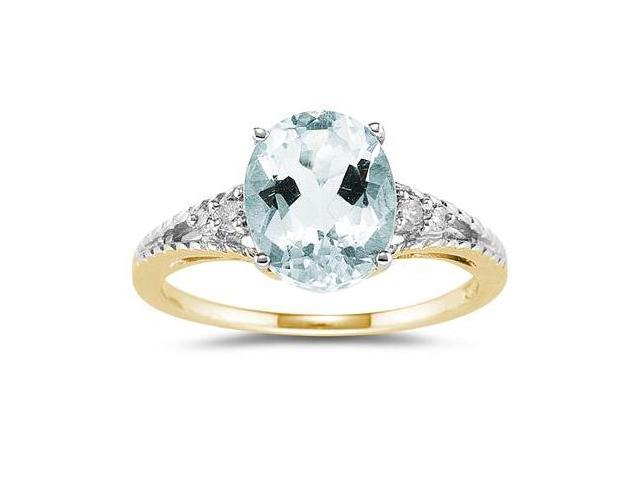 Oval Cut Aquamarine & Diamond Ring in Yellow Gold