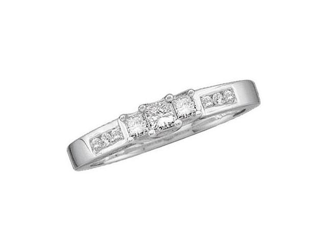 Three Stone Round Princess Diamond Ring 14k White Gold (0.25 Carat)