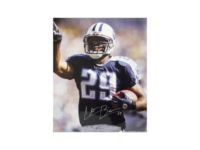 Chris Brown signed Tennessee Titans 16X20 Photo