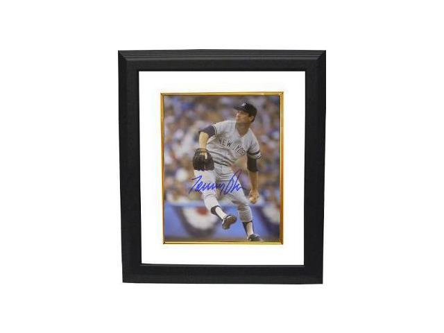 Tommy John signed New York Yankees 8x10 Photo Custom Framed