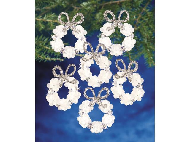 Holiday Beaded Ornament Kit-Frosted Wreath 2.25