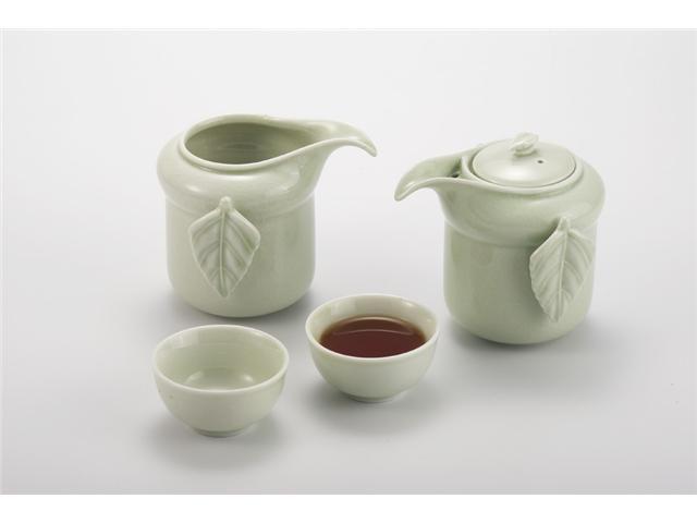 Porcelain Tea Set (4 pc)