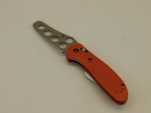 Benchmade Pardue Griptilian Trainer Blade Knife Red Handle 550T